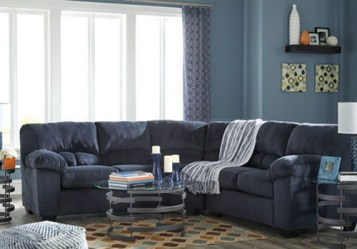 ashley_dailey sectional_9540155 56_sectional_lrg