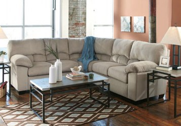 ashley_dailey sectional_sectionals_95401_lrg