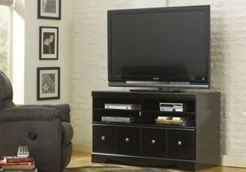 ashley_shay_tvstand_W271-50_lrg